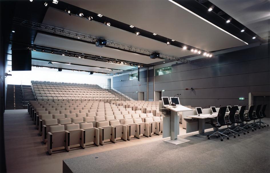 auditorium05